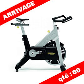 Technogym vélo spinning group cycle